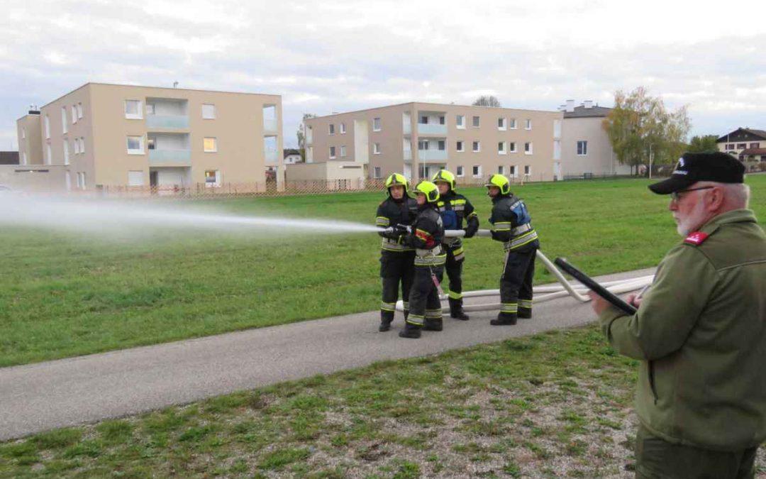 Leistungsprüfung Branddienst gemeistert